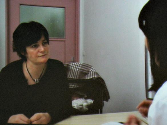 Anne-Laure et le Dr. Phintip Pichit, neurologue