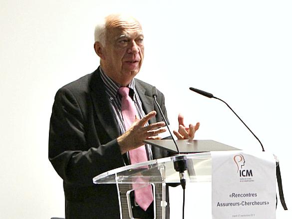 Le Dr. Denis Jacquat