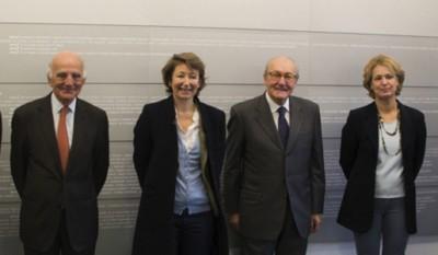 De gauche à droite : Pierre Ruhlmann, Pr Gérard Saillant, Marine de Bazelaire, Jean-Pierre Martel, Pr Alexis Brice.