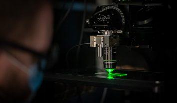 microscope multi-photonique sur-mesure
